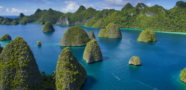 Kingdoms of Coral, Karst & Cloves: A Voyage from Raja Ampat to Ternate with 'SeaTrek Sailing Adventures'