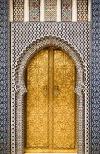 Gate_to_the_Royal_Palace_in_Fes