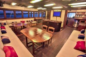 Dining area, Ombak Putih